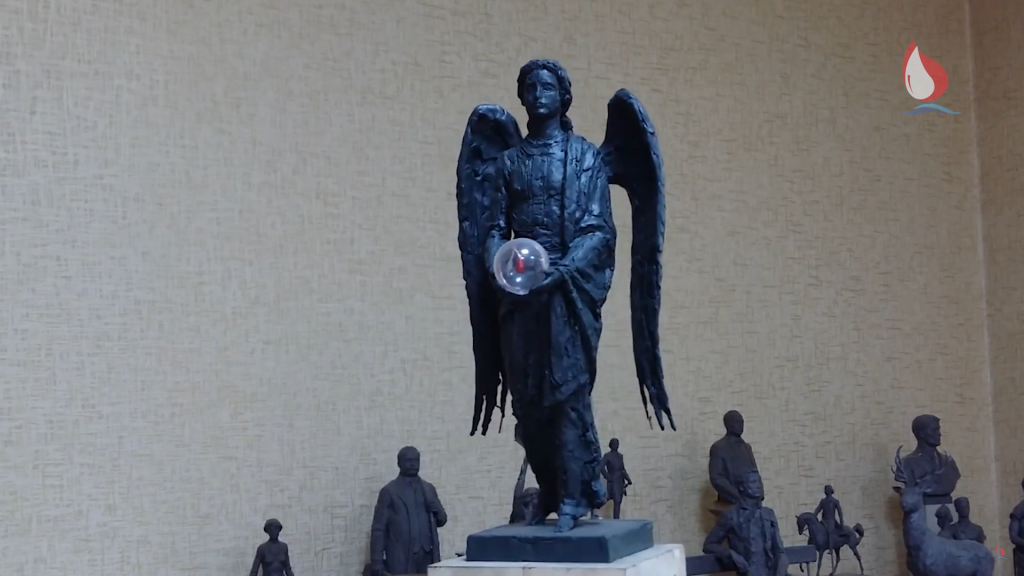Памятник Донорам в Саратове